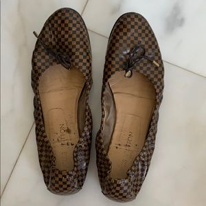 Authentic Louis Vuitton ballerina flats sz 40